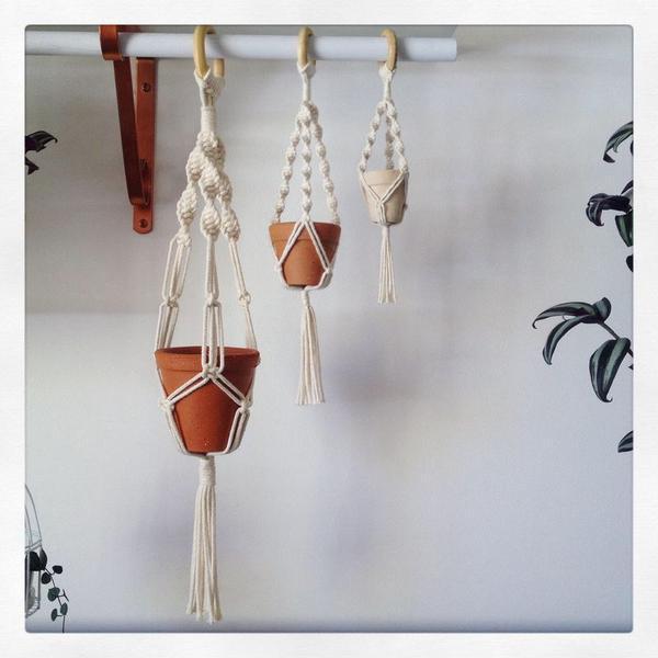 Conjunto 3 suportes macramê com vasinhos | plant hanger