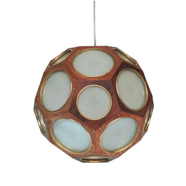 Grande luminária modernista