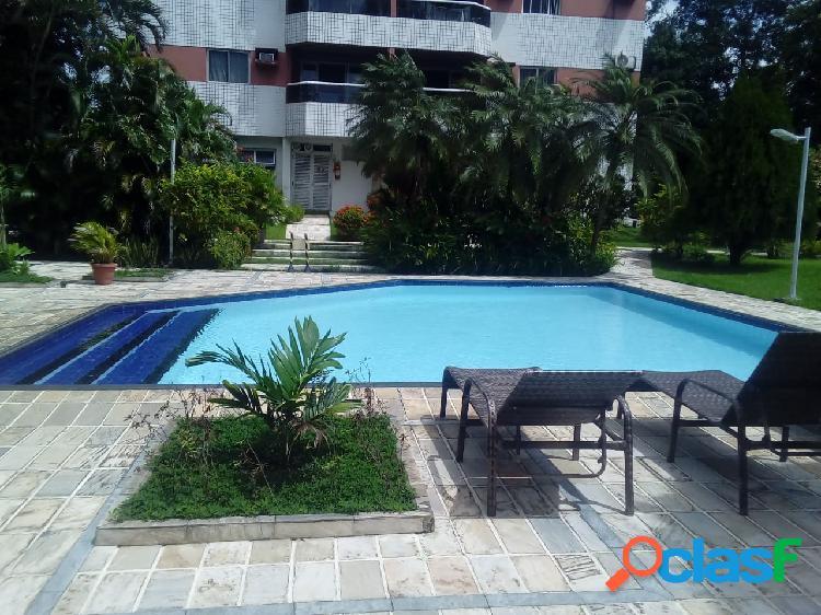 Alugo apartamento semi mobiliado com 123m2 no parque dez - 3 quartos sendo 1 suite com piscina - ideal para militar