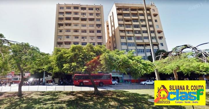 Apartamento, 2 qts no centro de niterói r$ 390 mil