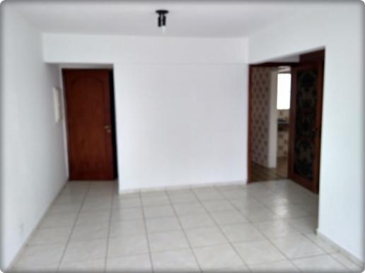 Alugo ótimo apartamento na vila clemetnino, próximo do