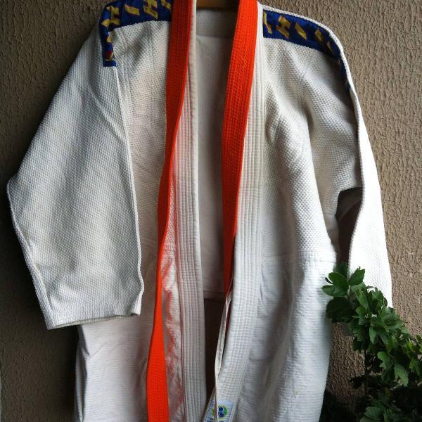 Kimono shihan trançado