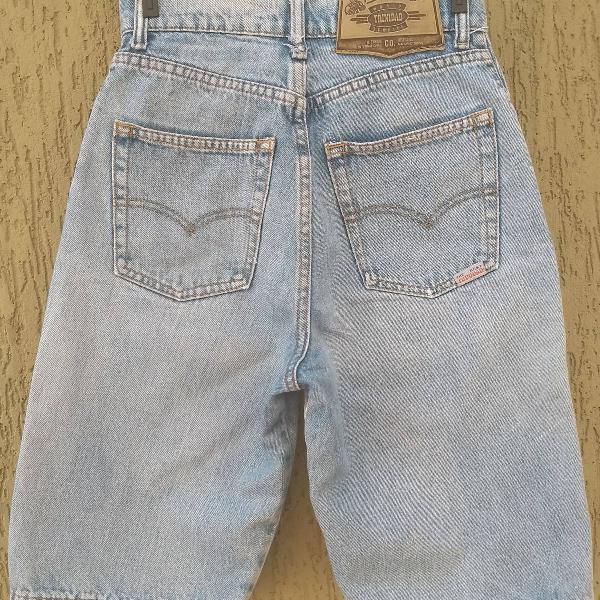 Bermuda mom jeans anos 80