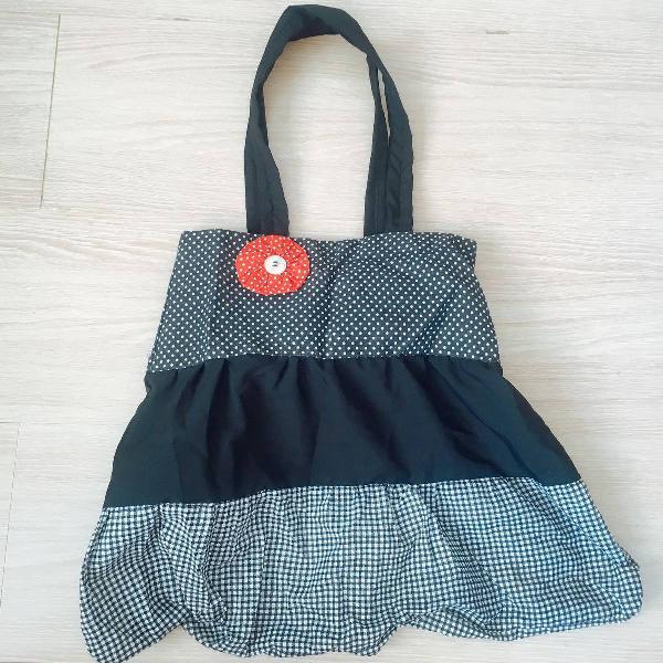 Bolsa artesanal de tecido nunca usada.
