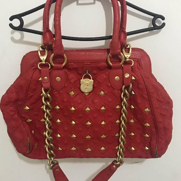 Bolsa couro e tachas vermelha colcci