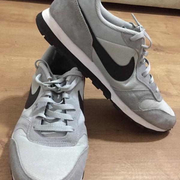Nike runner md 2