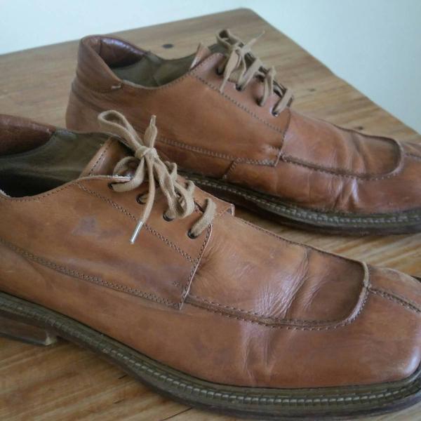 Sapato italiano marca bata tamanho 45