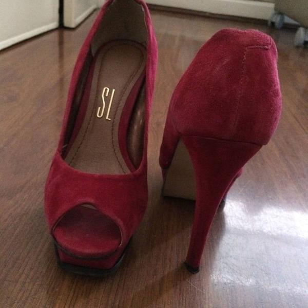 Peep toe vermelho