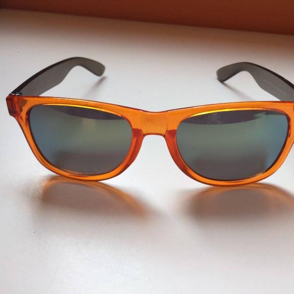Culos espelhado quadrado laranjado
