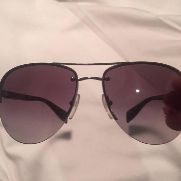 Oculos aviador prada