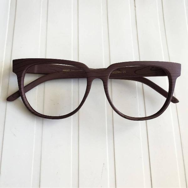 Oculos gatinho marrom