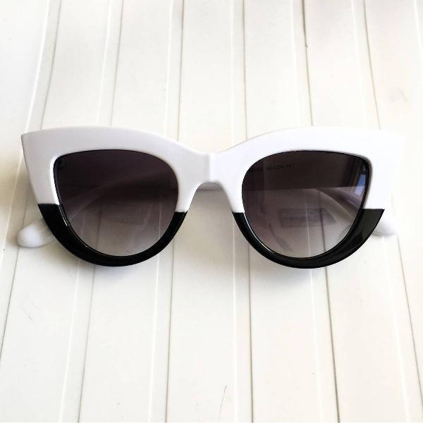 Oculos gatinho preto e branco