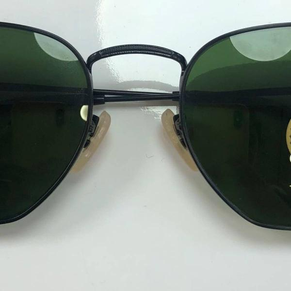Rayban hexagonal preto com lente verde