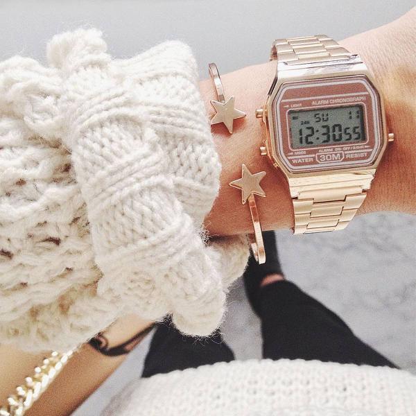 Relógio estilo retro rose lindo