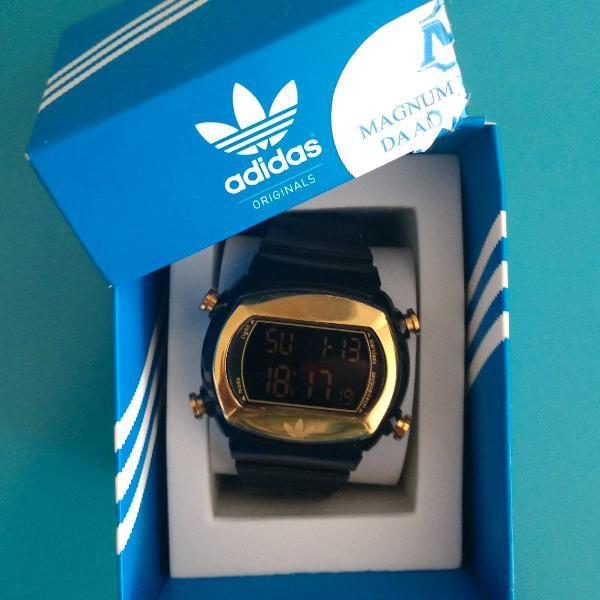 Relógio feminino adidas preto e dourado