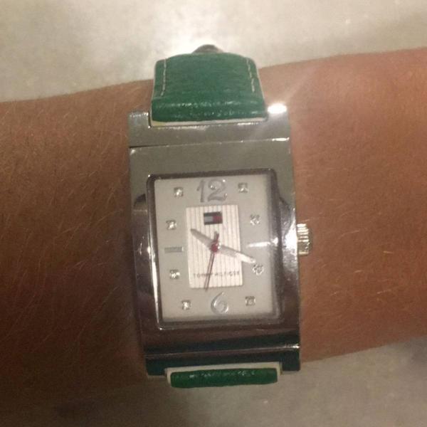 Relógio feminino tommy hilfiger 2 cores