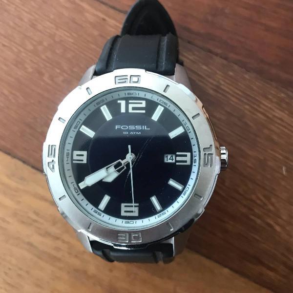 Relógio fóssil 10 atm, pouco usado.