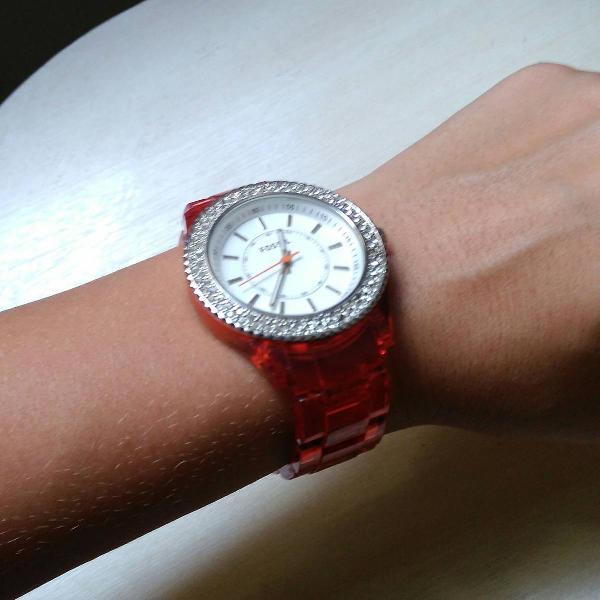Relógio fóssil feminino com cristais