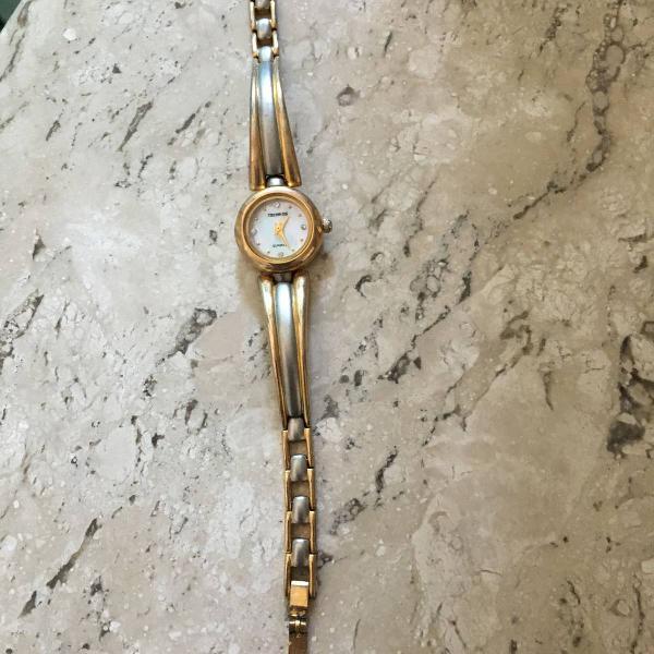 Relógio technos dourado e prata vintage