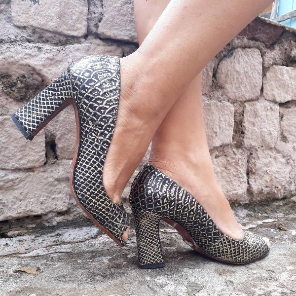 Sandália da schultz