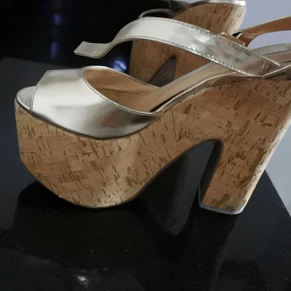 Sandália meia pata shutz 35