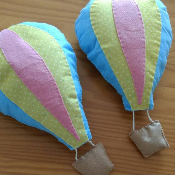 Balões em feltro para decoração