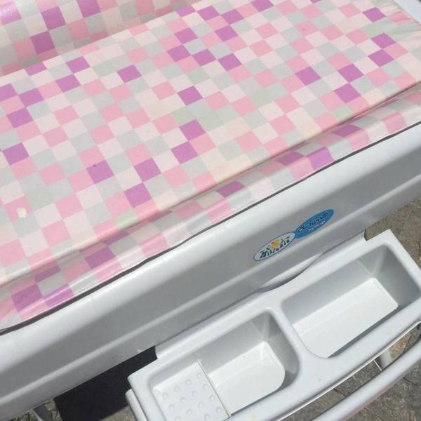 Banheira burigotto rosa xadrez