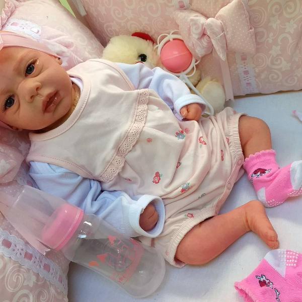 Bebê reborn menina boneca aninha aplicada todas as