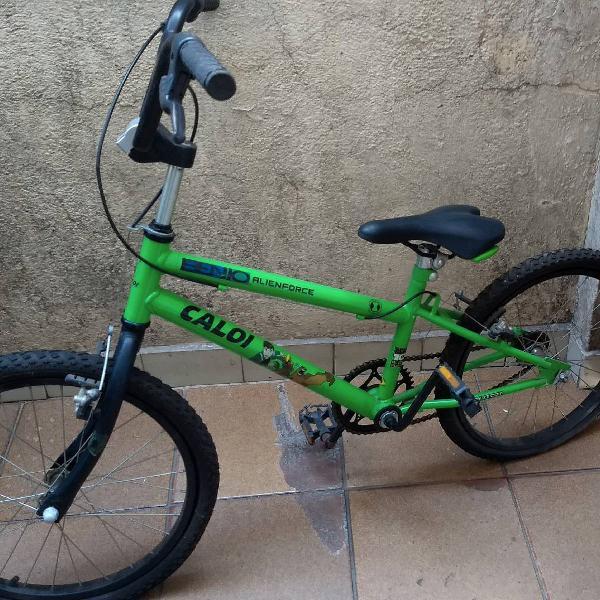 Bicicleta infantil, caloi aro 20, personagem ben10