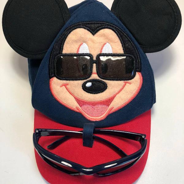 Boné mickey e óculos de sol disney