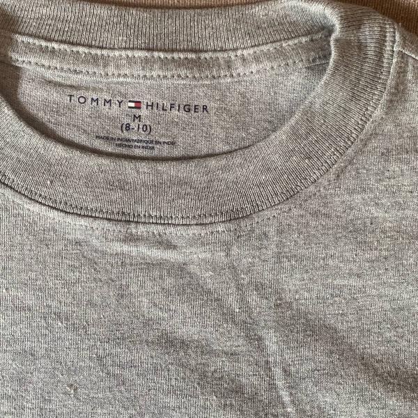 Camiseta infantil , tommy hilfiger