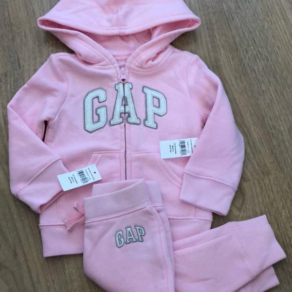 Conjunto moletom gap baby rosa