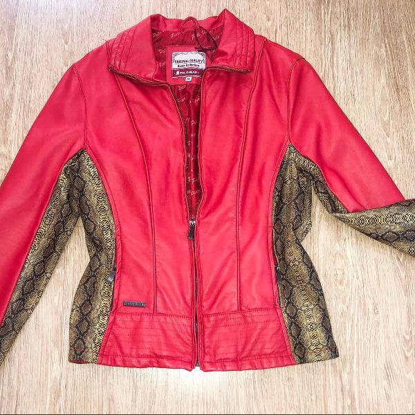Jaqueta couro vermelha animal print