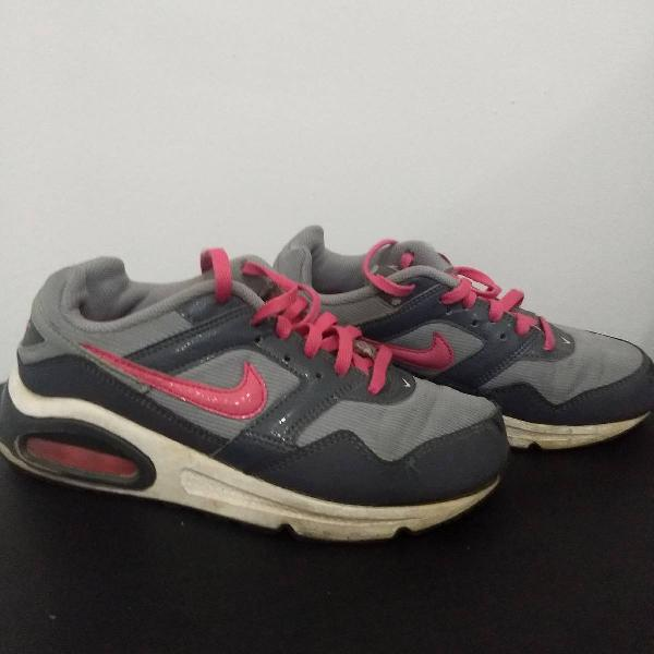 Nike air max infantil tamanho 2y(31 brasil) importado