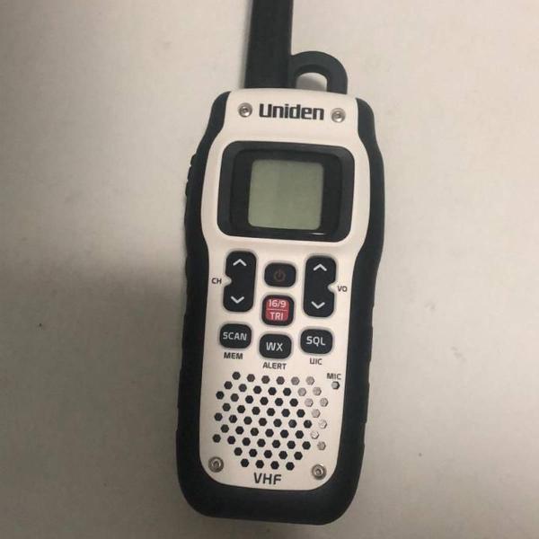 Rádio portátil vhf marítimo uniden atlantis 150