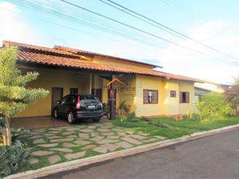 Casa em condomínio com 4 quartos à venda no bairro grande
