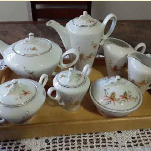 Jogo chá e café em porcelana real 1957