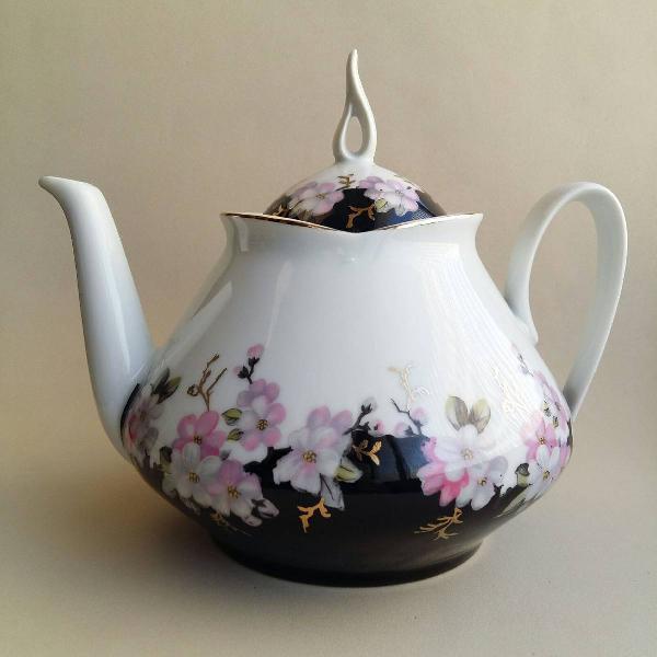 bule de chá em porcelana real