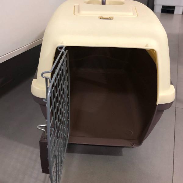 Caixa de transporte para cachorro de medio porte