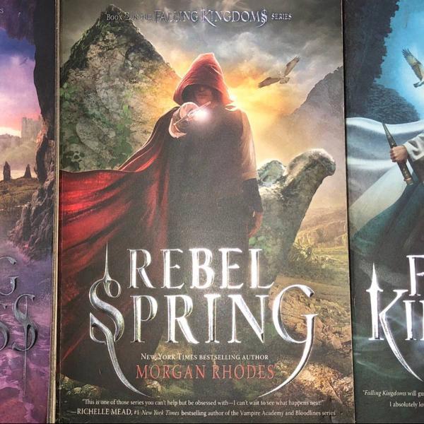 Falling kingdoms book series - morgan rhodes. 3 livros em