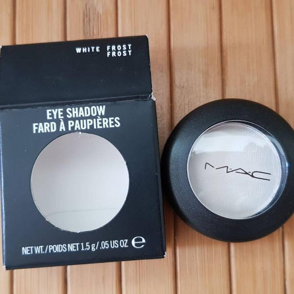 M·a·c eye shadow frost white frost - sombra cintilante