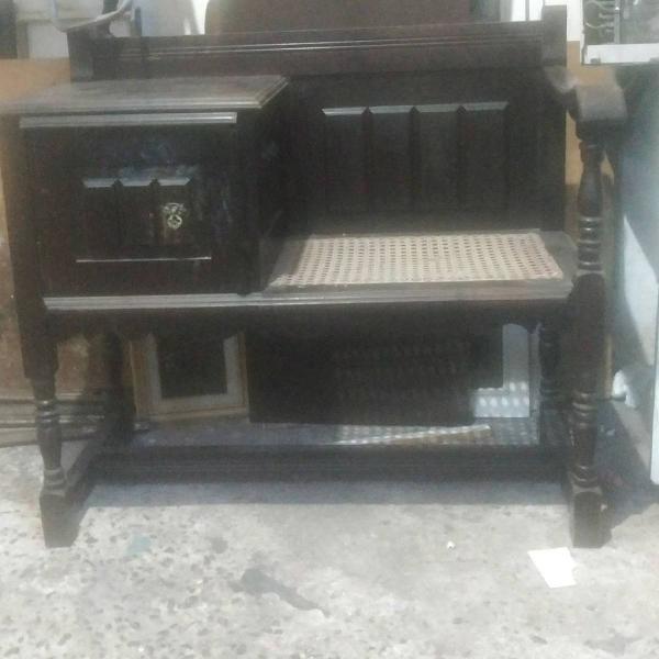 Mesinha de telefone em madeira