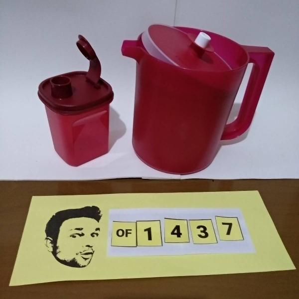 Tupperware kit jarra charmosa 1,4l + dosador 350ml