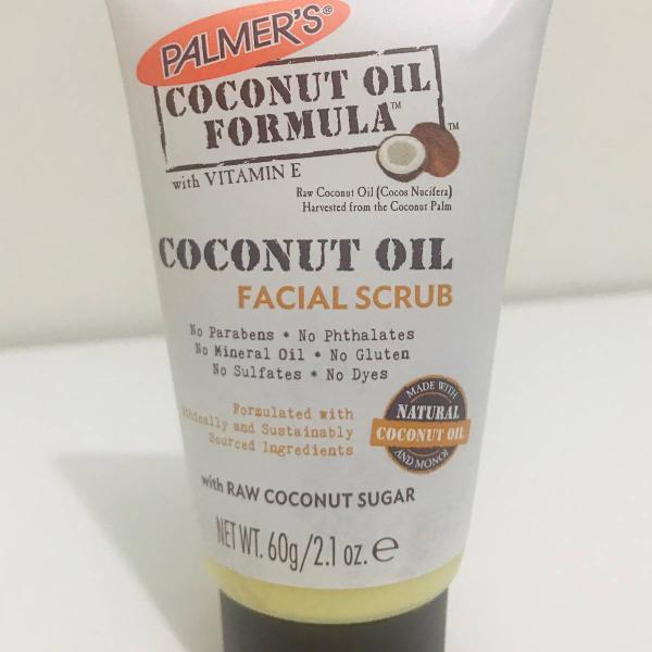 Exfoliador facial com oleo e açúcar de coco