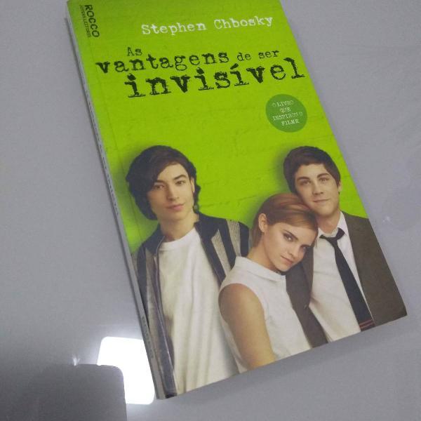 Livro as vantagens de ser invisível - stephen chbosky -