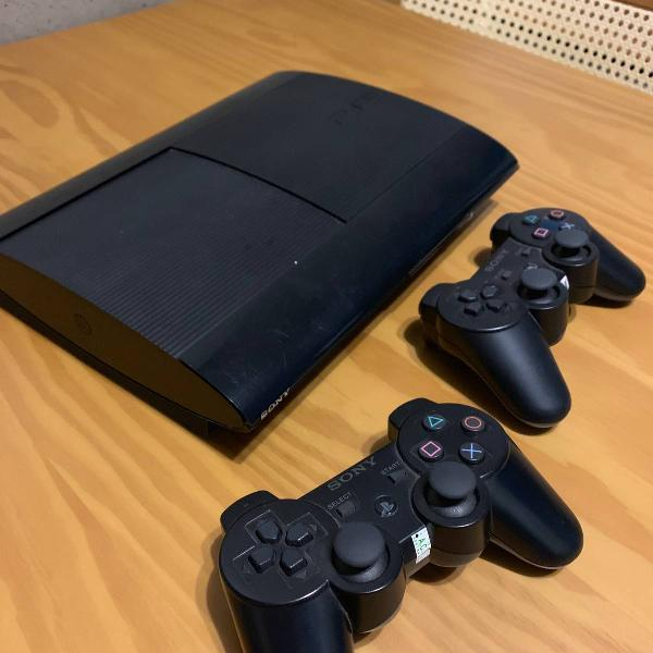 Ps3 super slim 2 controles 250gb
