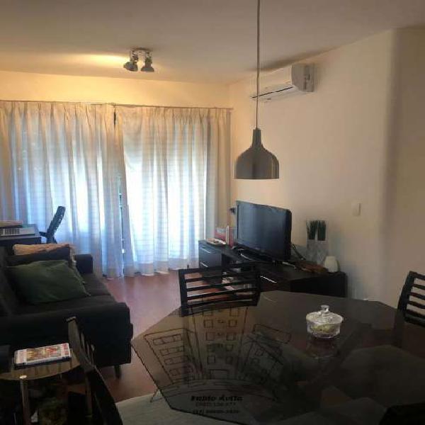 Apartamento com 1 quarto para alugar, 39 m² por r$