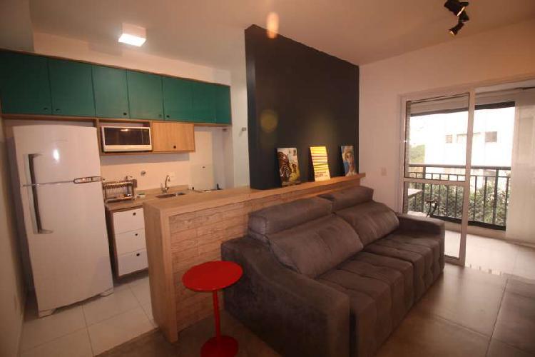 Apartamento com 1 quarto para alugar, 41 m² por r$