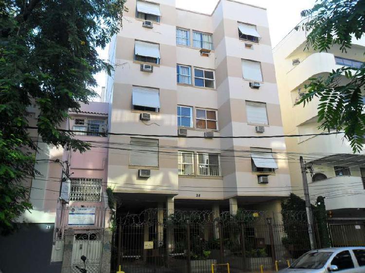 Apartamento com 1 quarto para alugar, 50 m² por r$