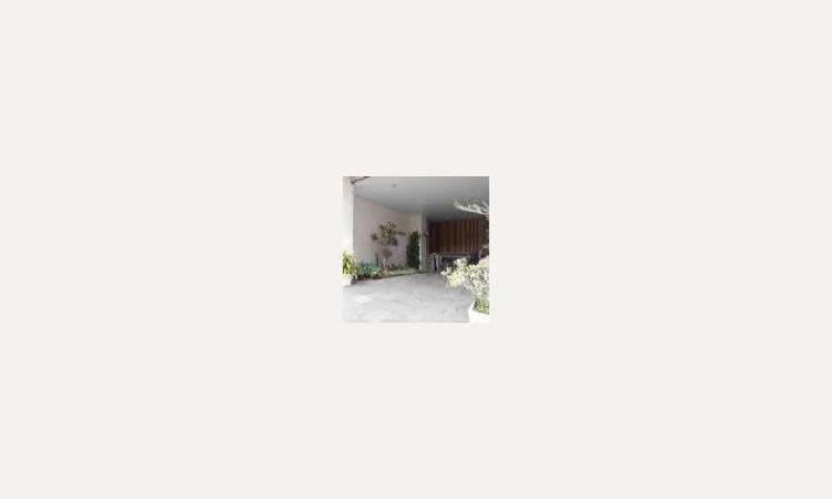 Apartamento com 1 quarto para alugar, 52 m² por r$